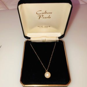 Antique 14kt gold filled pearl pendant necklace